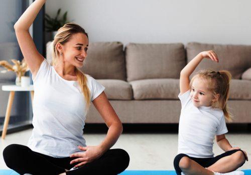 Yoga macht Mutter und Kind glücklich